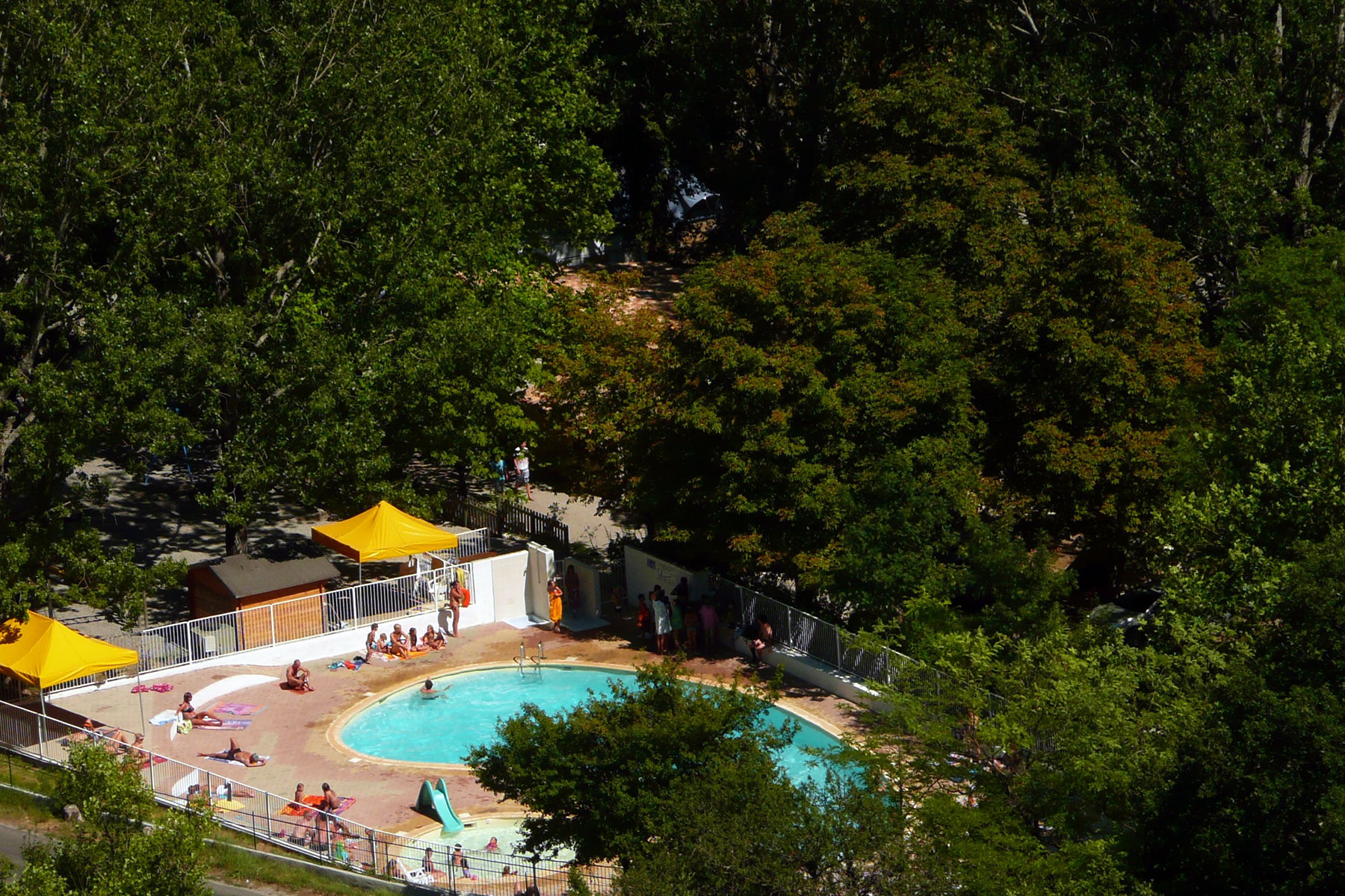 Domaine chasteuil provence camping verdon castellane for Camping provence avec piscine
